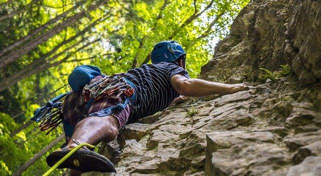 climbing-arrampicata-lazio-scopri-le-nostre-montagne-fiuggi-active-hotel-outdoor